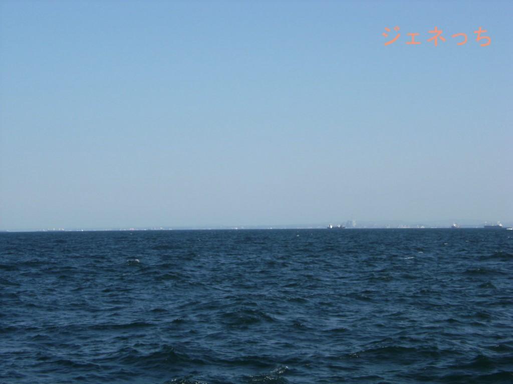 本牧海釣り施設から