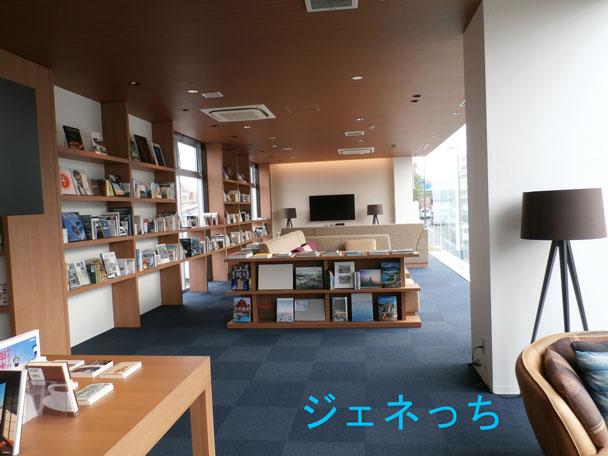リベラーラ世田谷店の本棚は、こんなストーリーがあるのです。